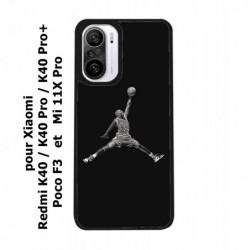 Coque noire pour Xiaomi Poco F3 Michael Jordan 23 shoot Chicago Bulls Basket